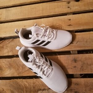 Adidas Size 7   White/black running shoes